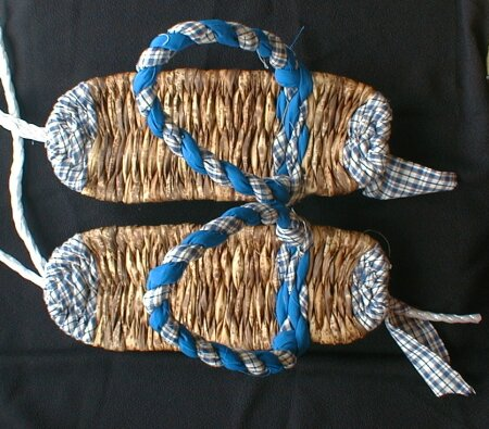 竹皮ぞうりの準備、作り方